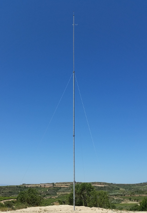 Wind turbine meteorological tower